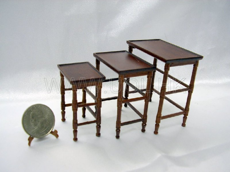 1:12 Scale Miniature Doll House French Country Nesting Table