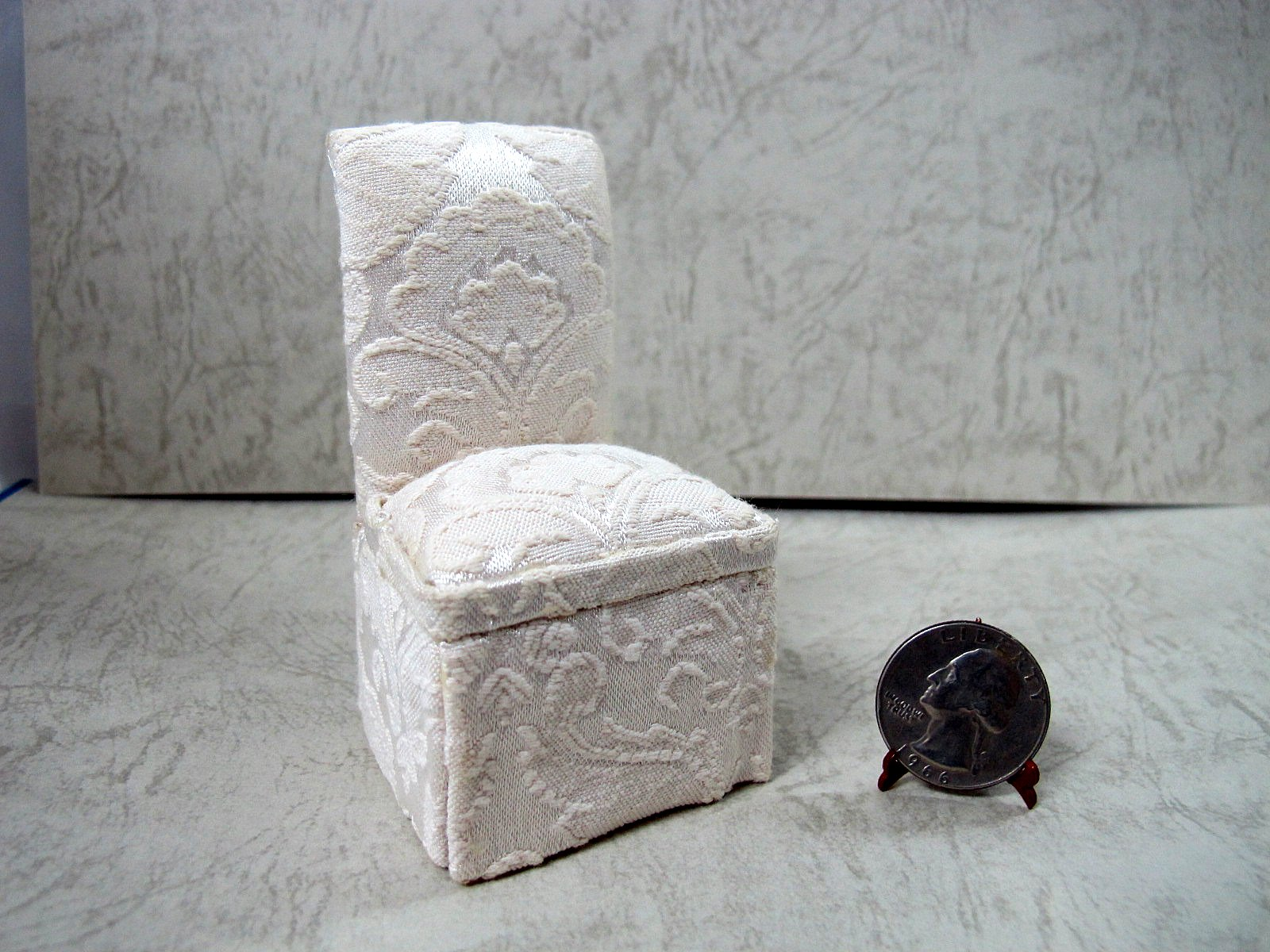 Miniature Polyester Jacquard Chair for 1/12th Scale doll house