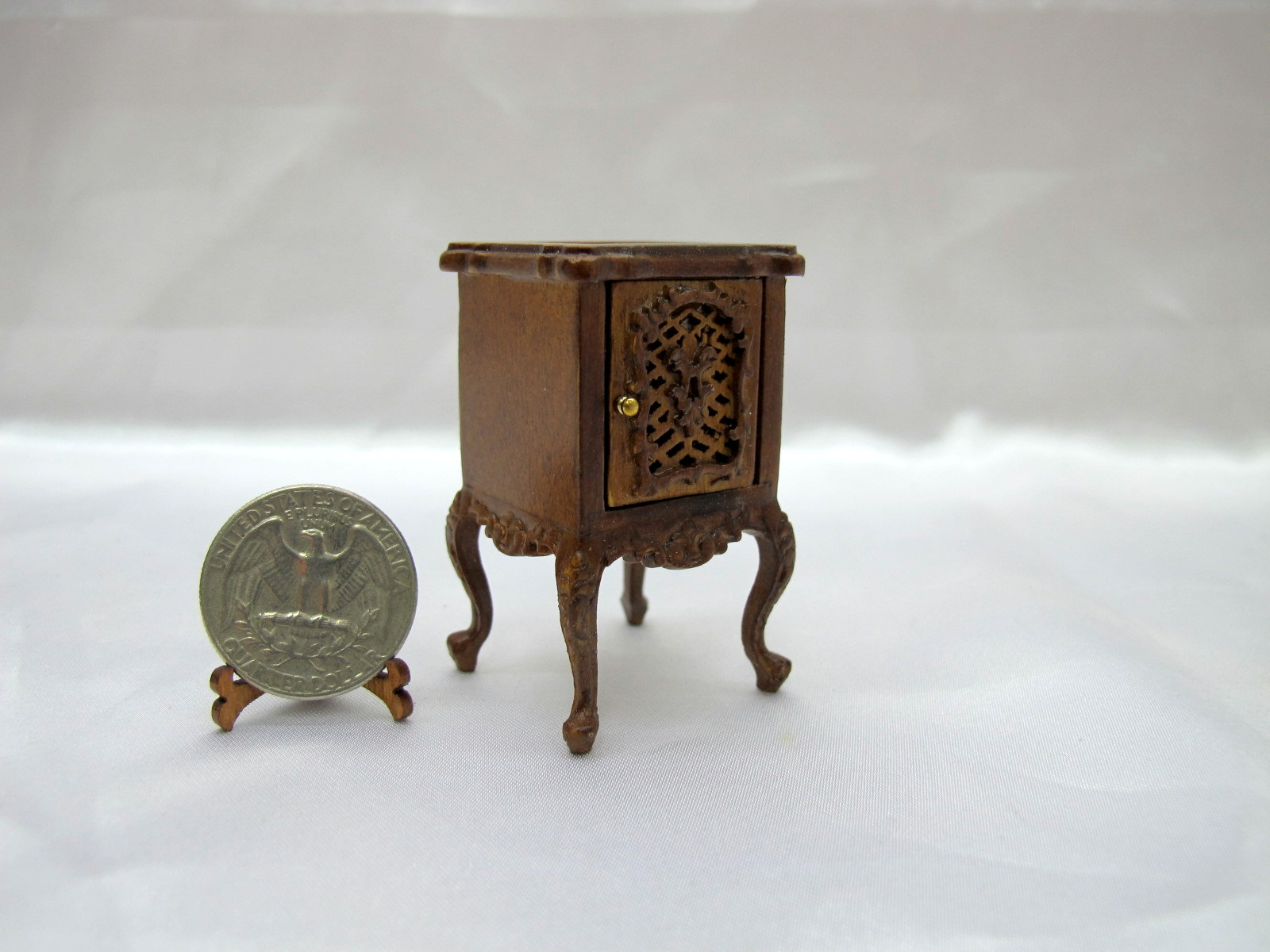 1:12 Scale Miniature Doll House Marcee End Table