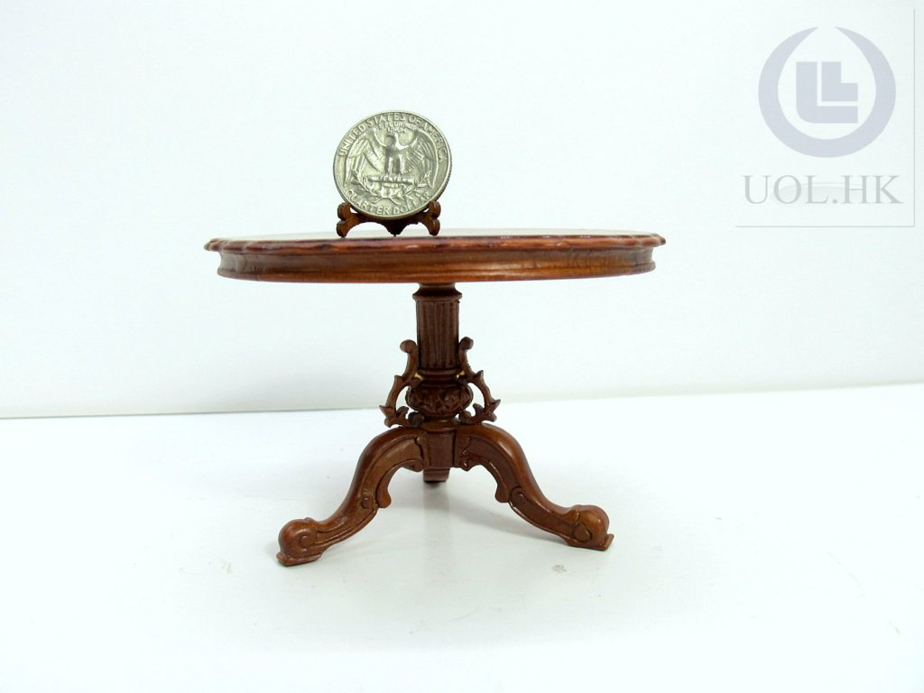 1:12 Scale Walnut round table for doll house