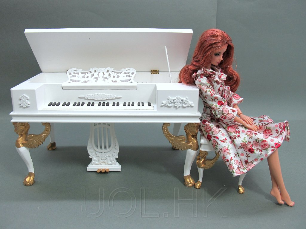 1:6 Scale Victorian White Piano With Stool For Barbie/FR Doll