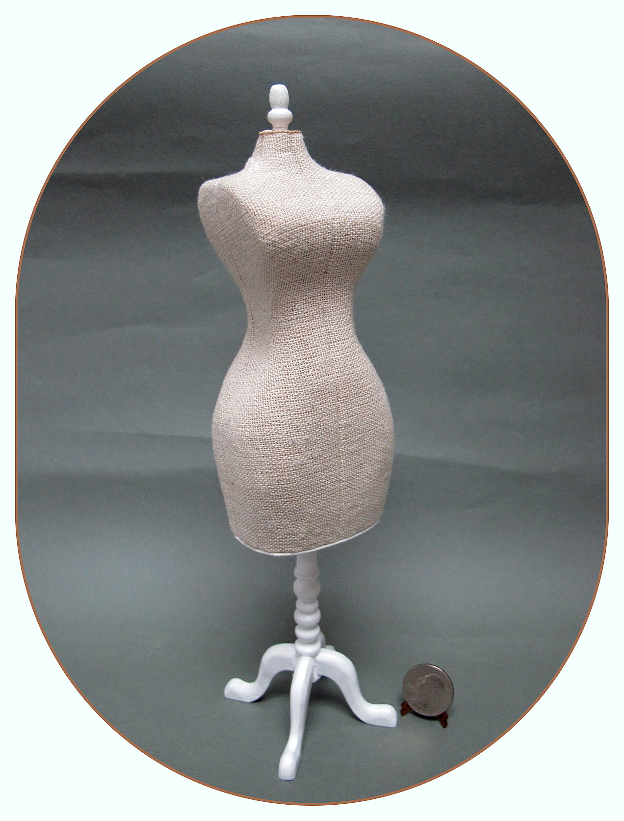 1:6 scale Dress form with white stand for Barbie