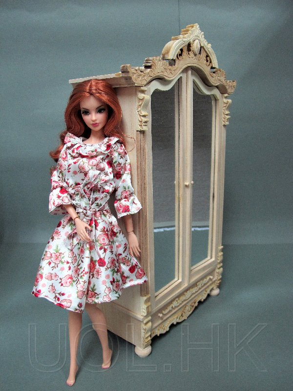 1:6 Scale Unfinished Armoire For Barbie/Fashion Royalty Doll