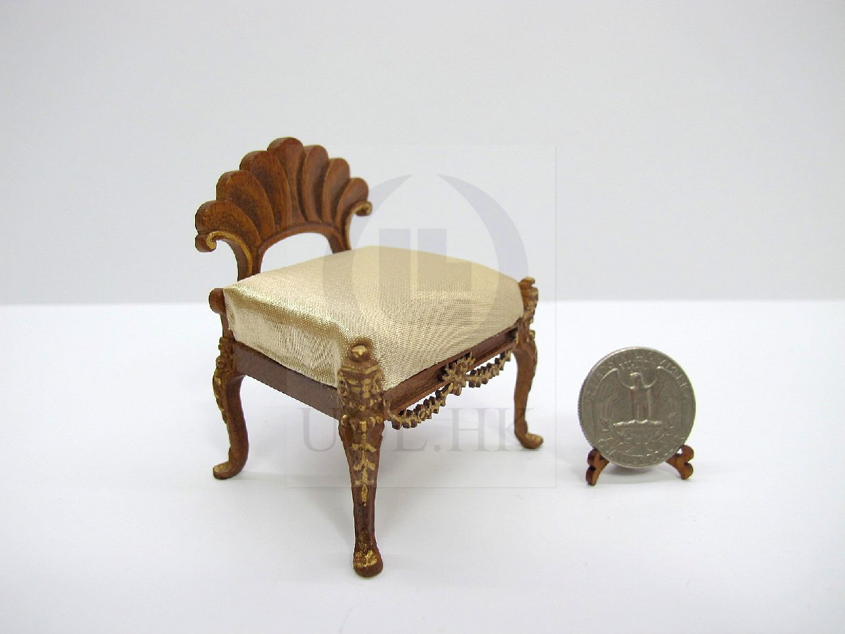 Doll House Miniature 1:12 Scale Wooden Scallop Chair [WN]