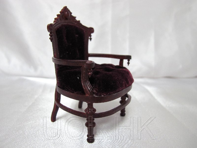 Miniature 1:12 Scale Doll House Tudor Mahogany Chair