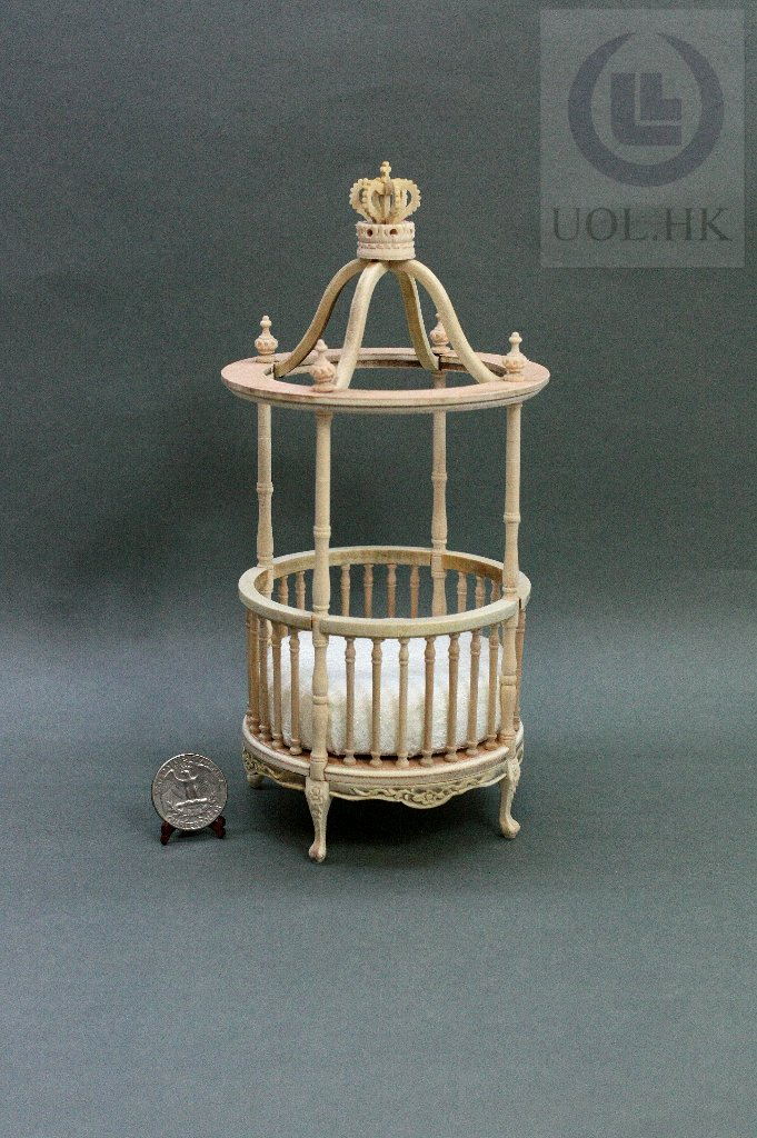 1:12 Scale Doll House Round Canopy Crib Bed[Unfinished]
