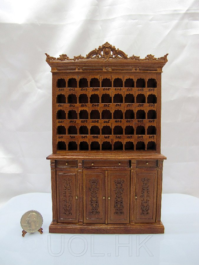 1:12 Sacle Miniature Hotel Lobby Key And Mail Cabinet --Walnut