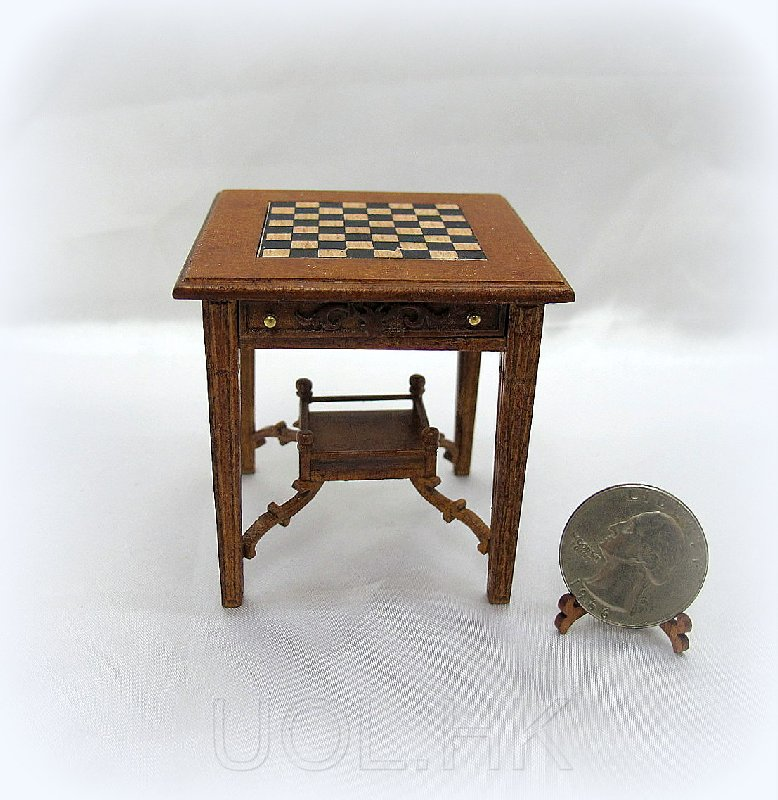 1:12 Scale dollHouse Lady Godwyn Chess Table