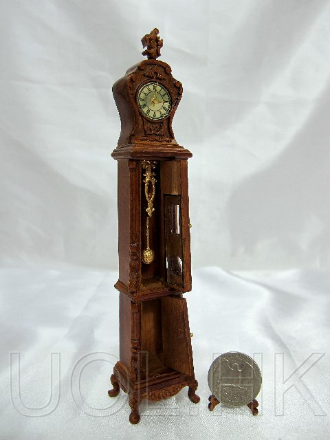 "1:12 Scale Doll House ""Bluette"" Continental Clock--Walnut"