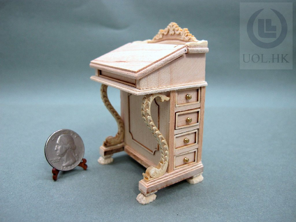 Doll House 1:12 Scale Wood Carved Davenport Desk [Unpainted]