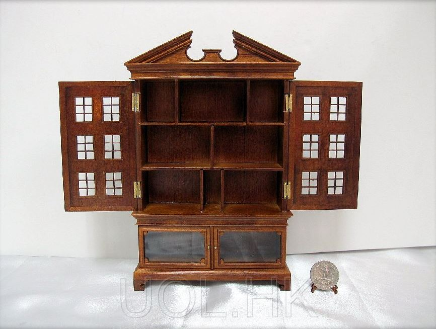 1:12 Sacle Miniature Walnut Dutch Baby House Finished In Walnut