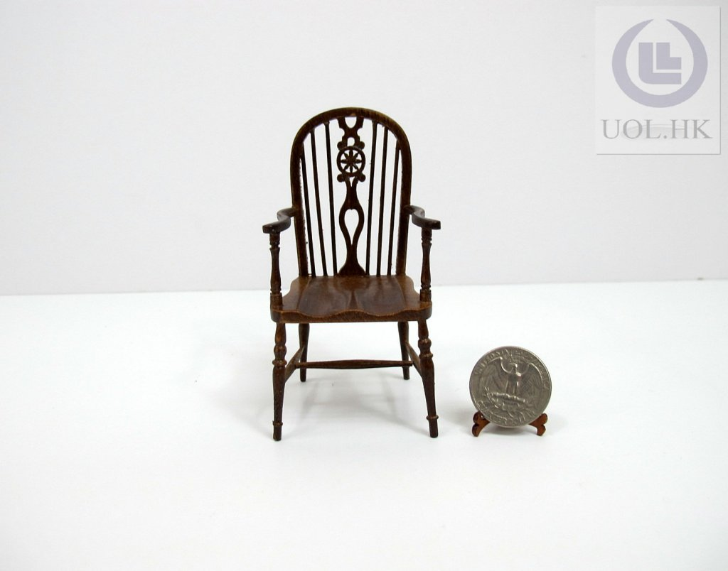 1:12 Scale Miniature Wheel Back Windsor Arm Chair