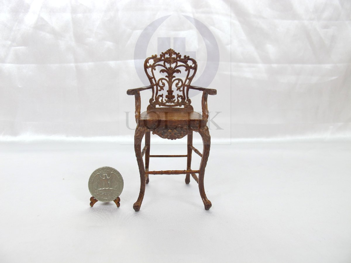 1:12 Scale Miniature Carved Bar Stool For Doll House [Walnut]