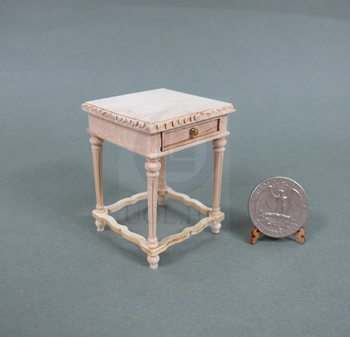 1:12 Scale Windsor Rectangular End Table For Doll House [UF]