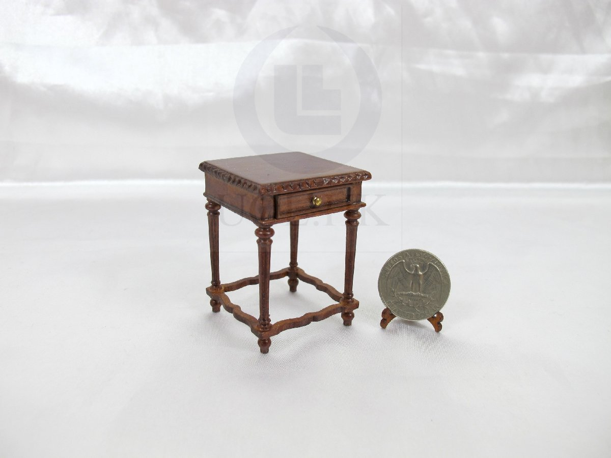 Dollhouse 1:12 Scale Miniature Windsor Rectangular End Table[WN]