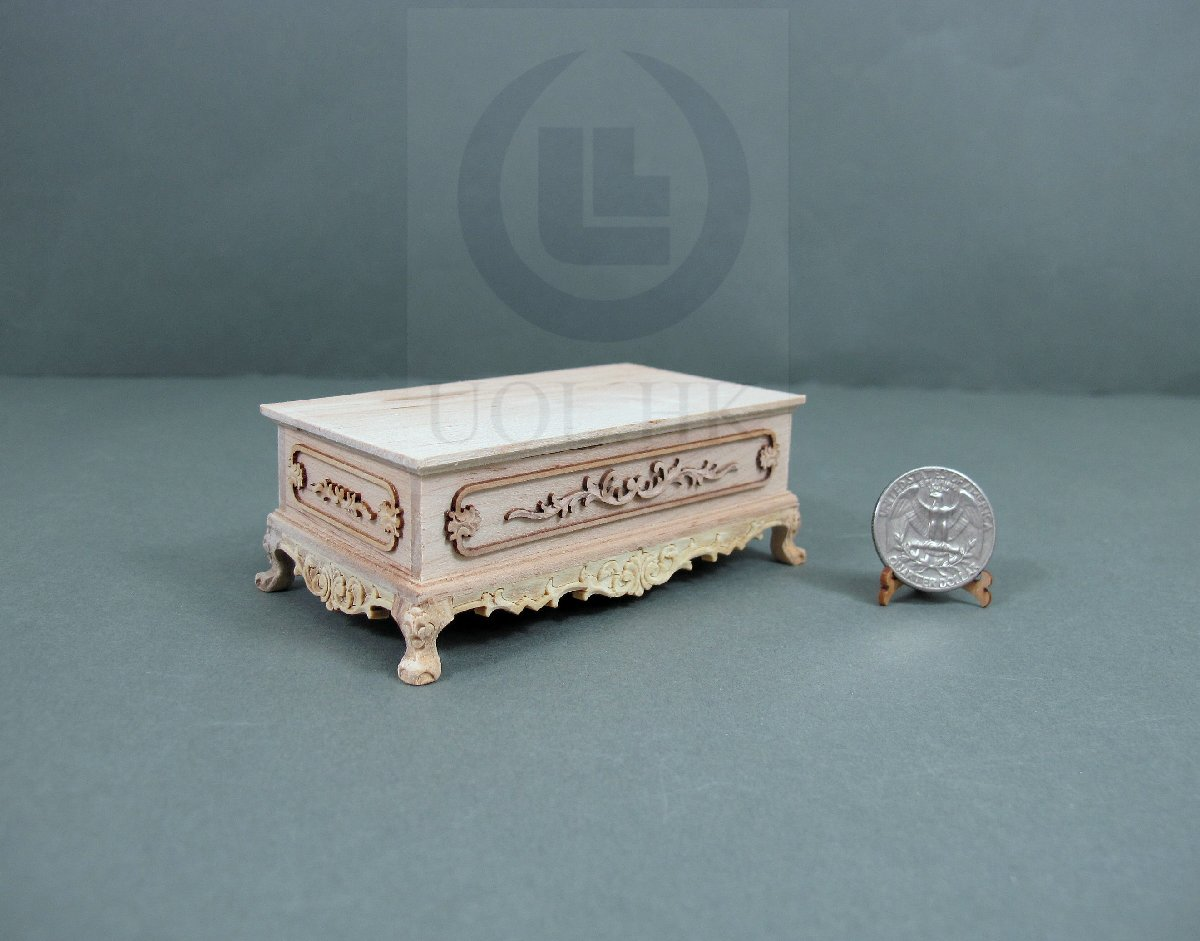"Miniature 1:12 Scale The ""Adalicia"" Ottoman For Dollhouse [UF]"