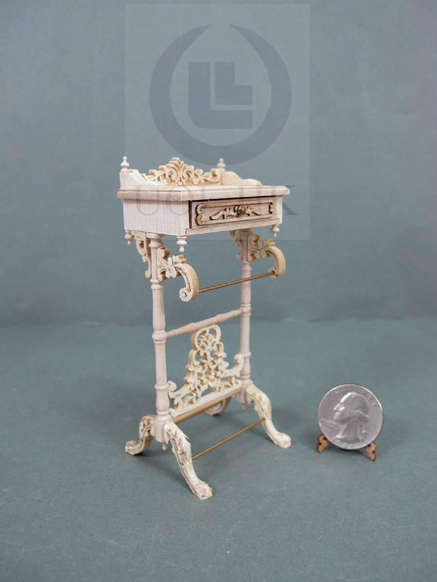 "Dollhouse 1:12 Scale The ""Adalicia"" Towel Rack Stand Holder [UF]"