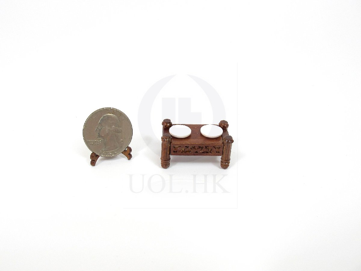 Miniature 1:12 Scale Pet Feeding Station For Doll House