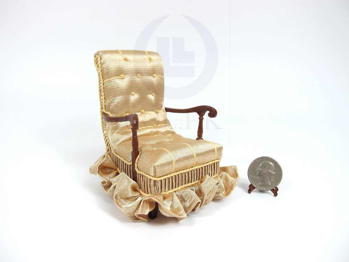 "1:12 Scale Miniature The ""Carl"" Arm Chair For Doll House"