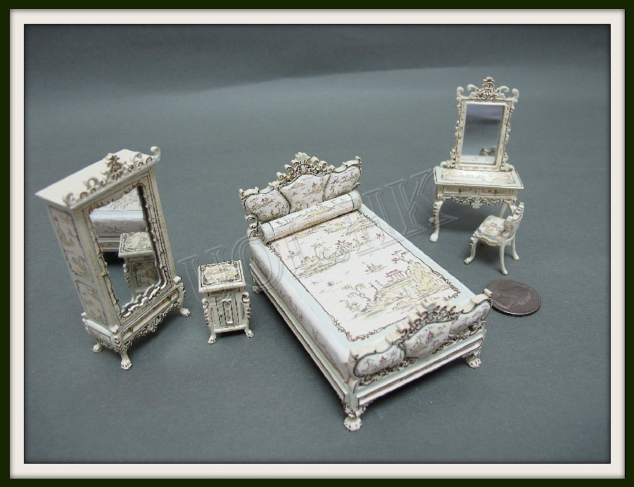 1:24 Scale Miniature Dauphine Lyre Bed Room